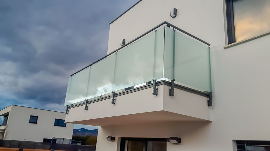 Steklene ograje Balcony fences made out of glass inox and aluminium fences Kozar